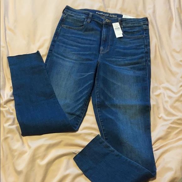 AE jeans NWT
